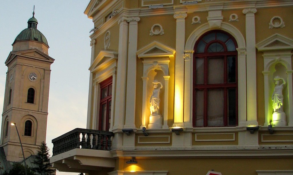 Serbia: THE FIRST PIANO AND GLASSED WINDOWS (4)