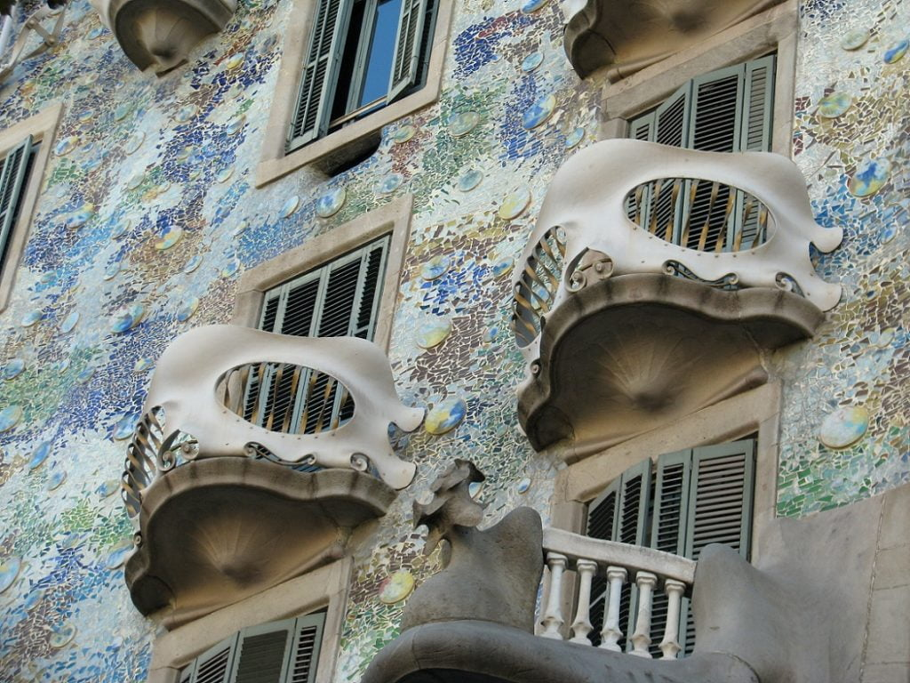 Barcelona: CASA BATLLO AND SAGRADA FAMILIA (4)