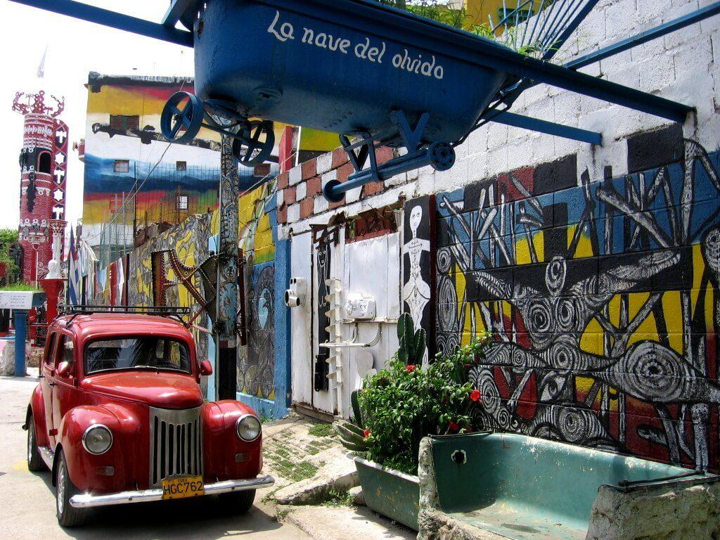 Cuba: MY LITTLE BLUE TAXI – SIDECAR! (2)