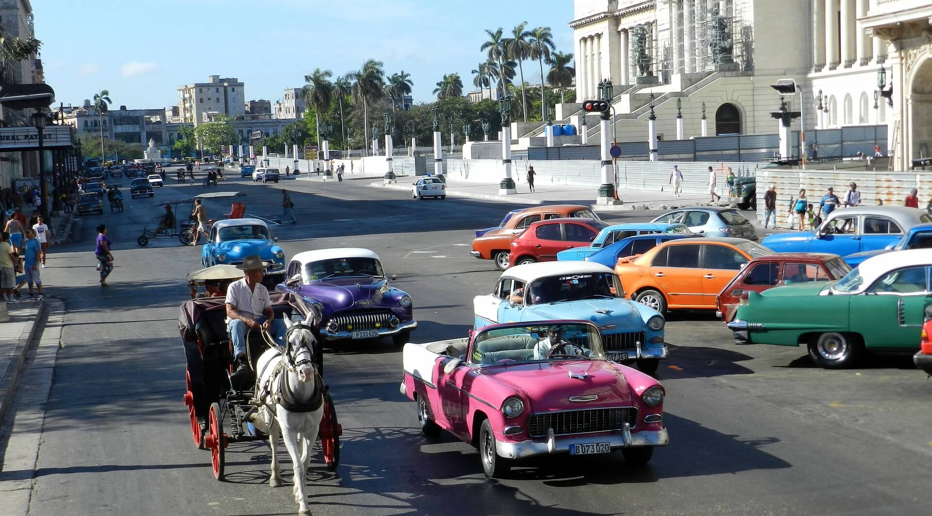 Cuba: CADILLAC OR CHEVROLET, HM? (8) - Glimpses of the World
