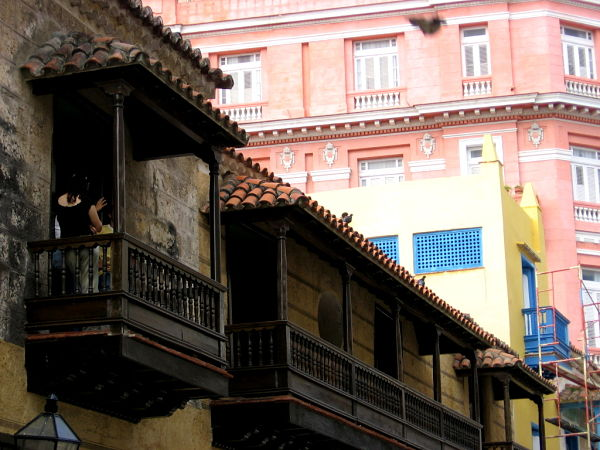 Strolling the Old Havana, Glimpses of The World_opt