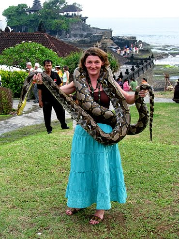 Travel-to-Bali-python-Tanah-Lot-Glimpses-of-The-World