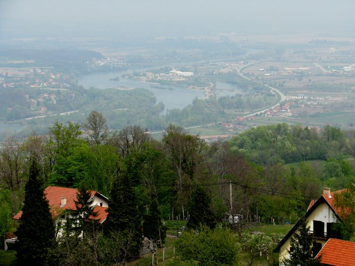 Serbia-travel-Loznica-Gucevo-Glimpses-of-the-World