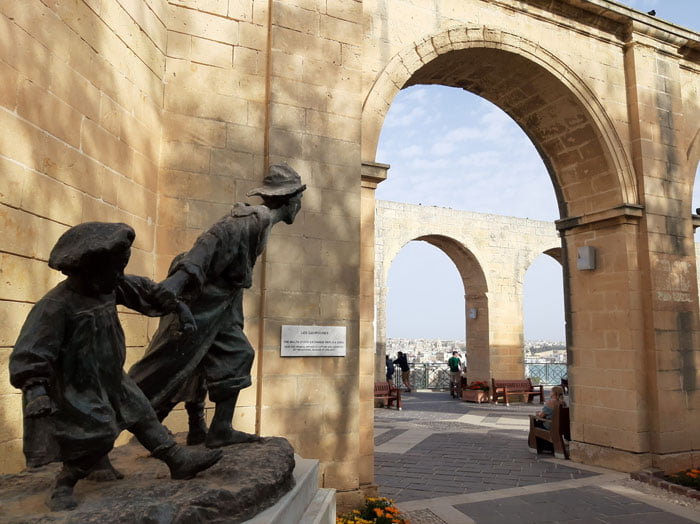 Malta-travel-Valletta-Glimpses-of-the-World-blog